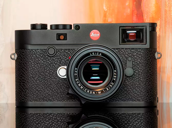 The Leica M10-R with 40 Megapixel color sensor